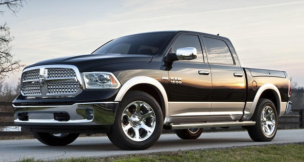 2015-Dodge-Ram-1500-Side