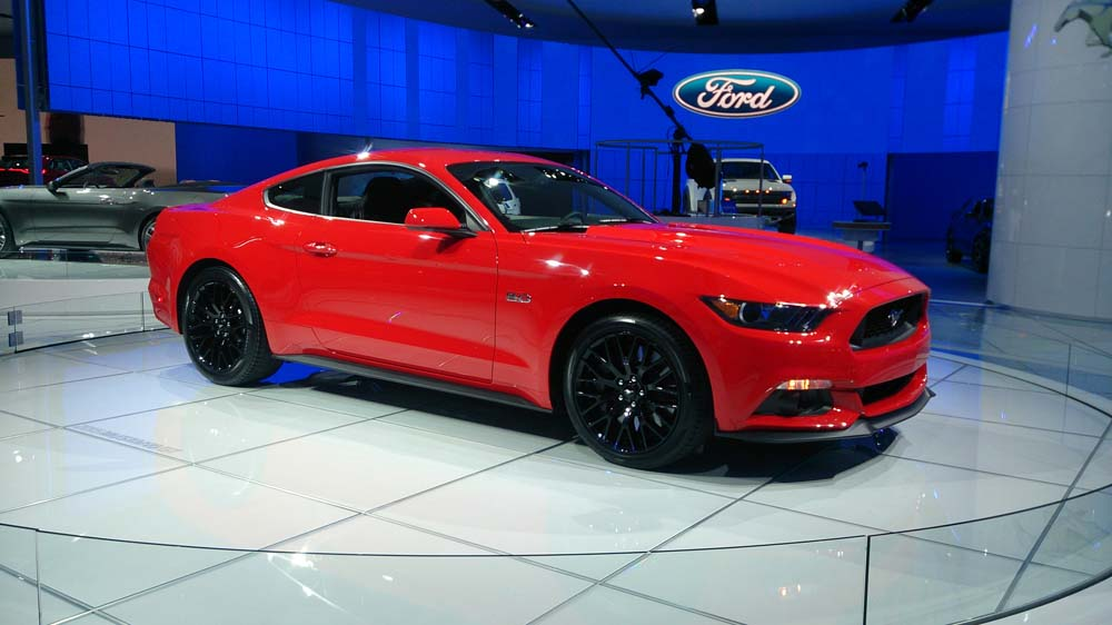 Ford-Mustang-2015-Detroit-6
