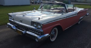 Ford Fairlane galaxie 500 skyliner 1959