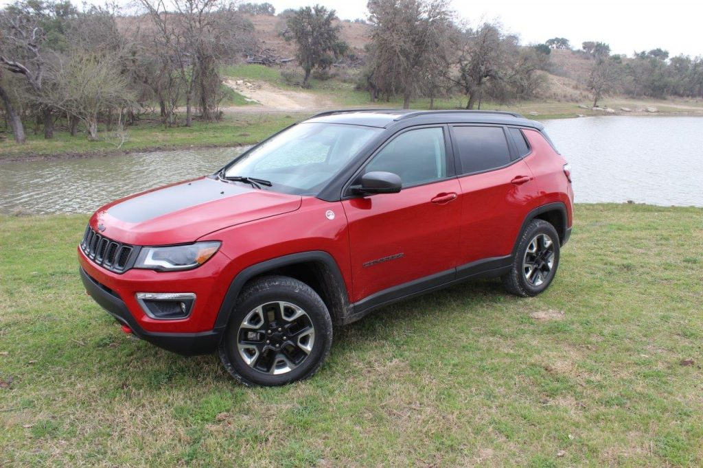 premier essai jeep compass 2017 un jeep vocations multiples ecolo auto. Black Bedroom Furniture Sets. Home Design Ideas