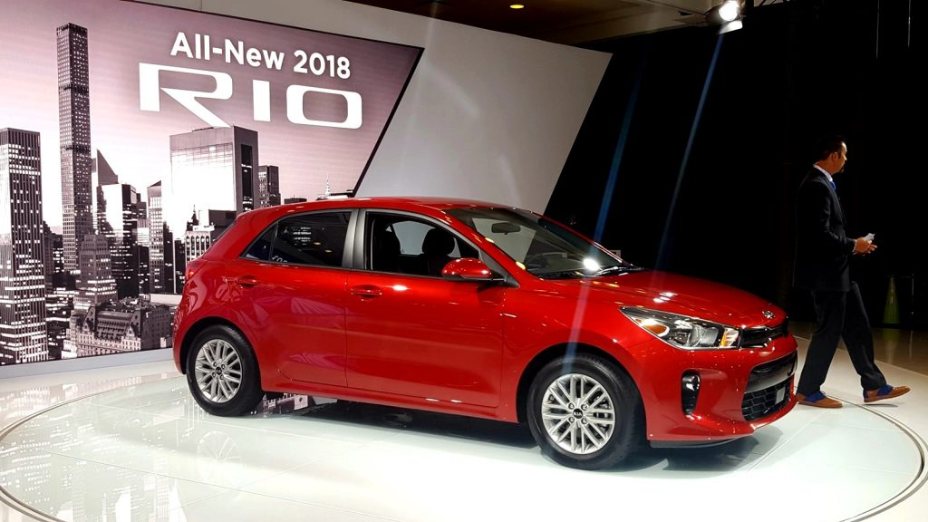 kia rio 2018 une version berline new york ecolo auto. Black Bedroom Furniture Sets. Home Design Ideas