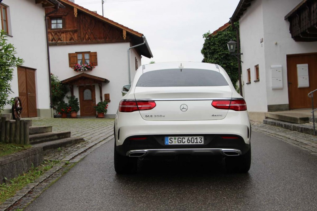 Premier contact mercedes benz gle et gle coup 350d 2016 for Mercedes benz email address