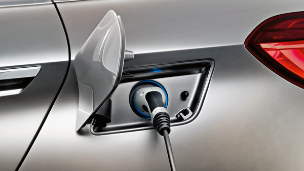 design-plug-in-bmw-slide-2