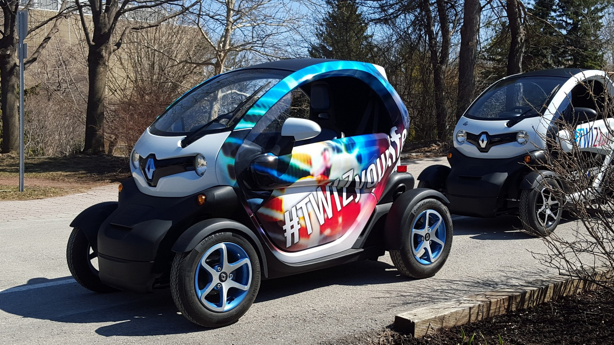la renault twizy arrive au canada ecolo auto. Black Bedroom Furniture Sets. Home Design Ideas